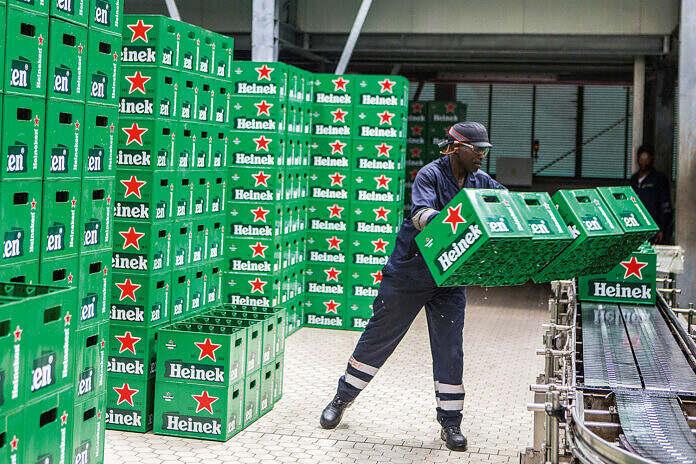 Heineken mantêm ataques aos direitos