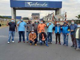 Cegonheiros mobilizam contra empresa de transportes