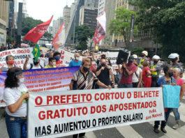 Luta sindical garante passe a idosos em SP